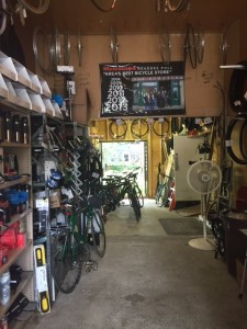 Temp service/store at the Downtube.